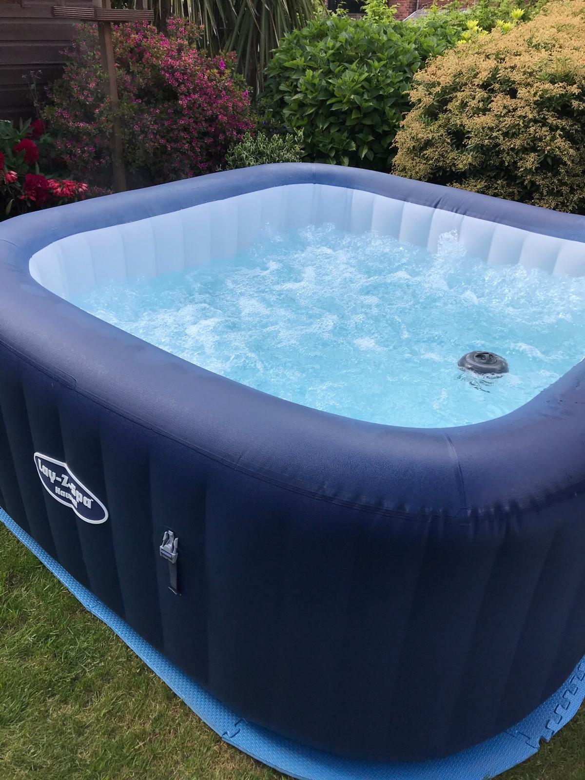 Lay Z Spa Hawaii Inflatable Hot Tub In S12 Sheffield For 150 00