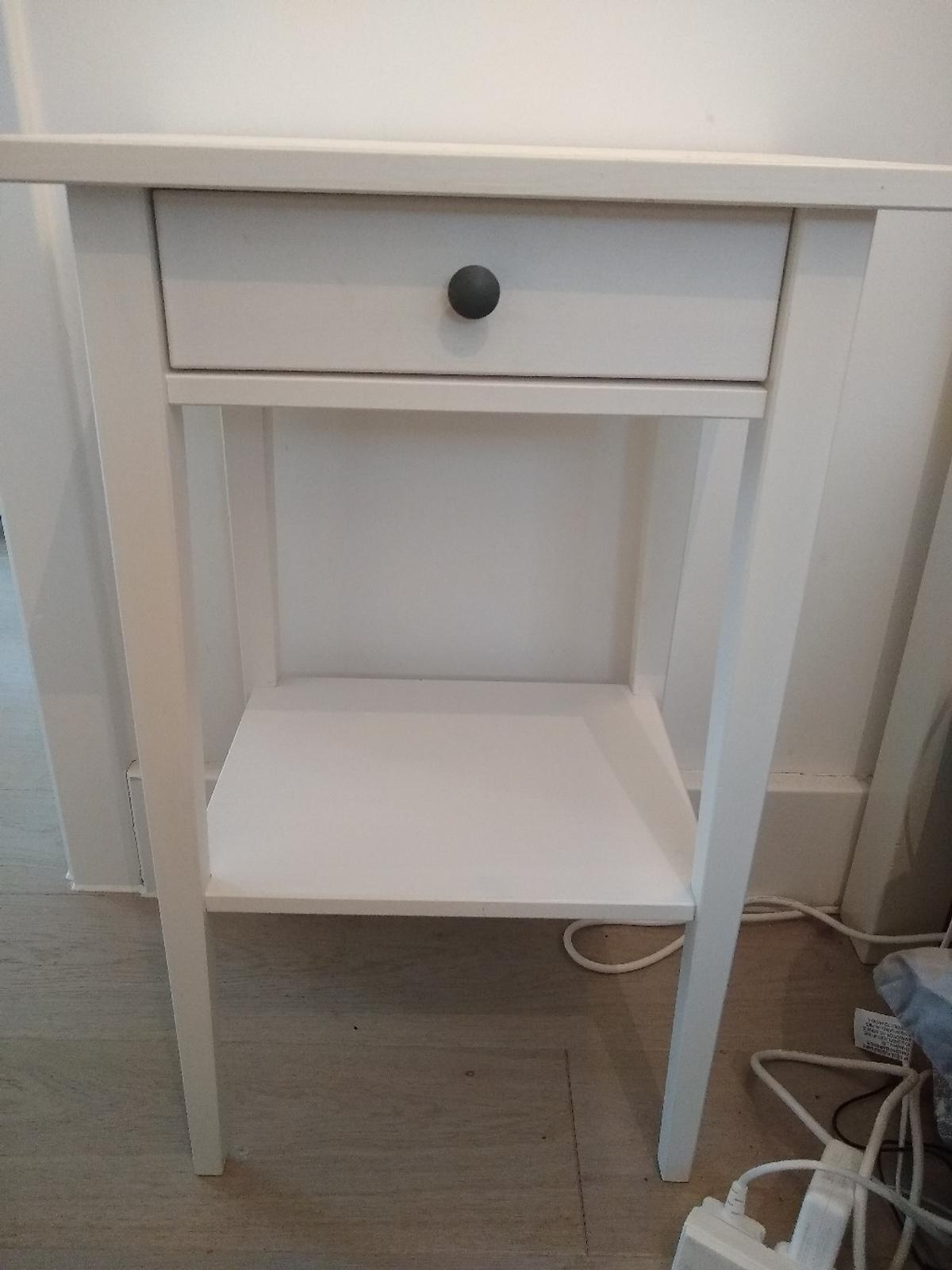 2x Bedside Tables White Ikea Hemnes