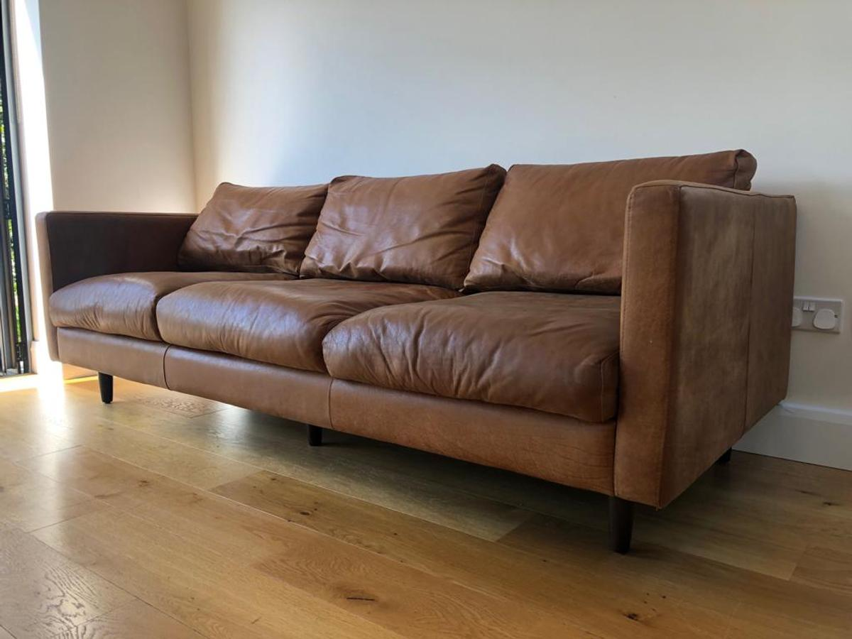 Mid Century Style 3 Seater Leather Sofa In Kt7 Elmbridge For