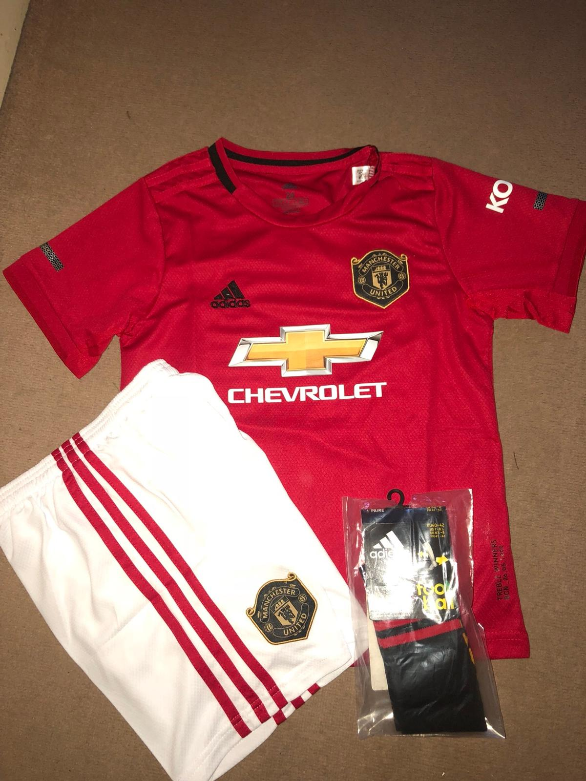 wholesale dealer c14b0 34ae7 Manchester United home kit