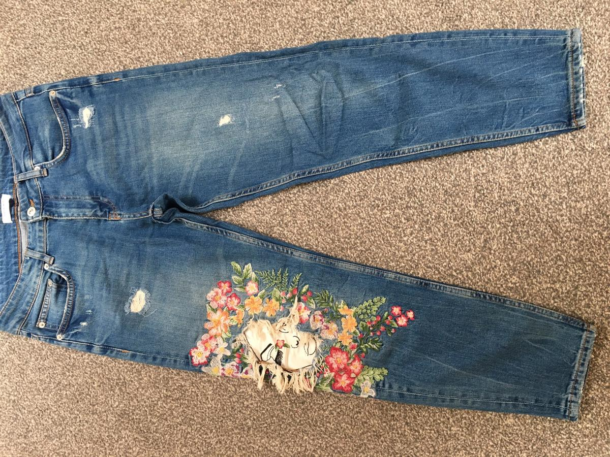 9eb307f9 Zara embroidered jeans size uk 10 eur 38 in E10 London for £11.00 ...