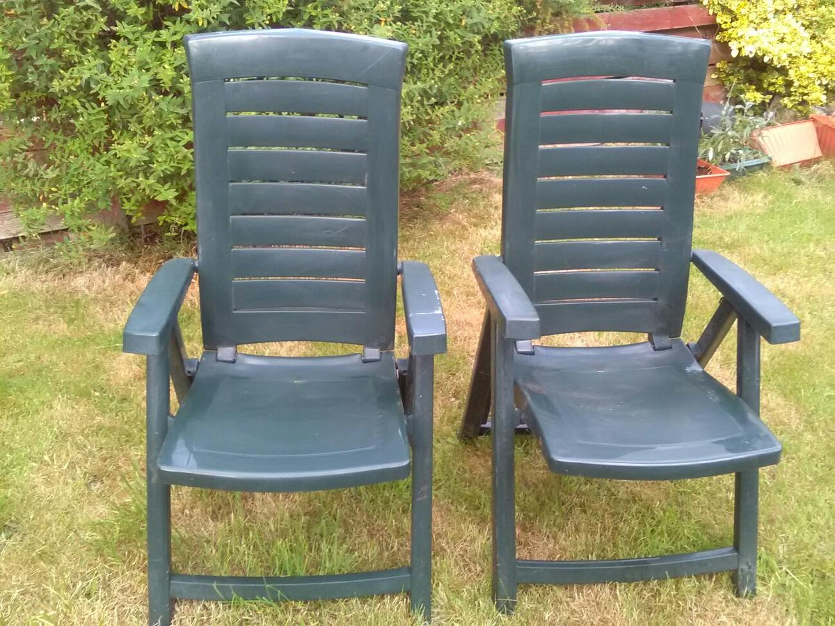 Pair Or Reclining Garden Chairs In S62 Rotherham For 20 00 For Sale Shpock