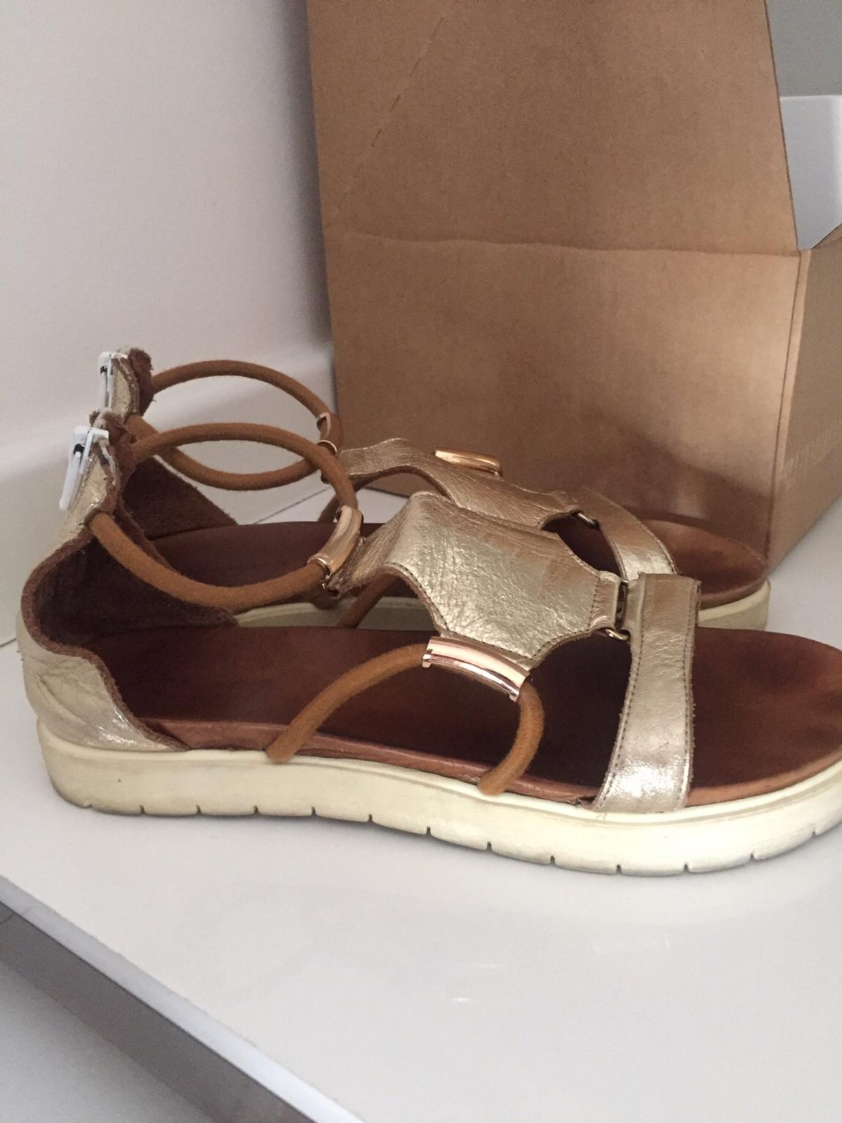 meet 51036 f5466 Inuovo gold leather gladiator sandals 39 in St Helens for ...