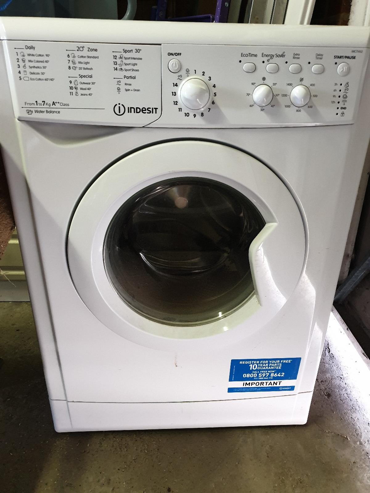 INDESIT IWC71452 Washing Machine - White