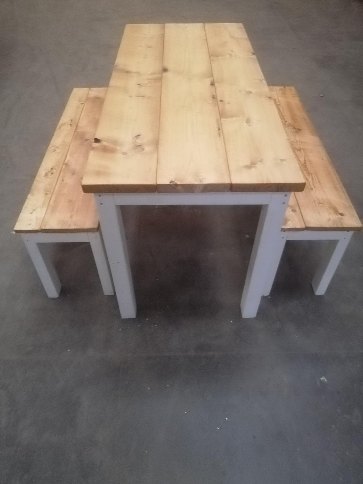 Rustic Farmhouse Dining Table And Bench Set In Stoke On Trent For 220 00 For Sale Shpock