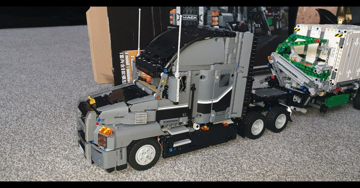 Lego technic mack anthem truck in Wolverhampton for £85 00
