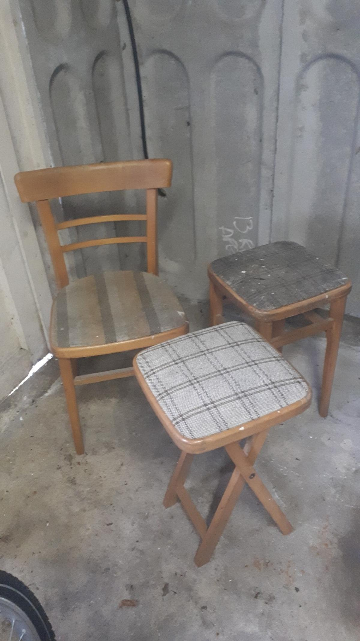 Pleasing Selection Of Vintage Stools And Chairs Pdpeps Interior Chair Design Pdpepsorg
