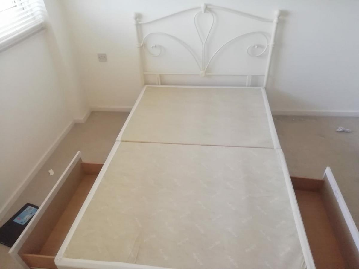 sneakers for cheap 18942 0bd04 *Small double divan bedbase and head board*