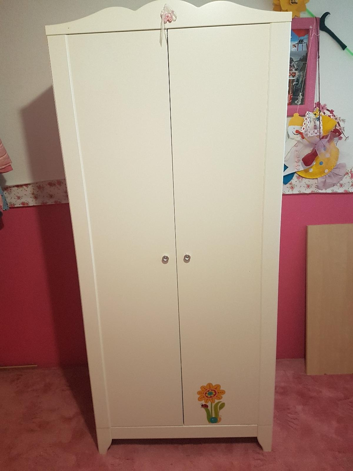 Kinderschrank In 6210 Wiesing For 40 00 For Sale Shpock
