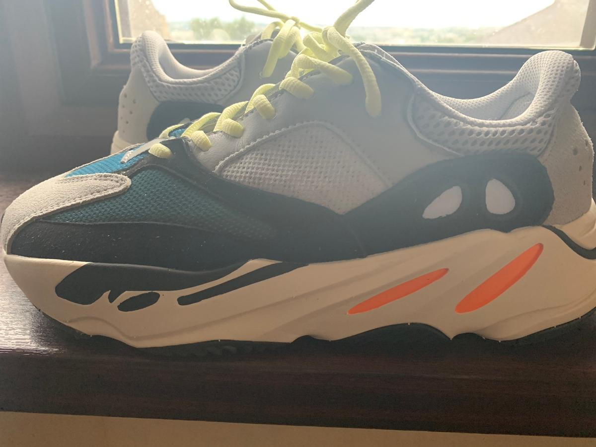 Adidas Yeezy 700 Wave Runner Shoe Uk Size 9 In Bd5 Bradford For