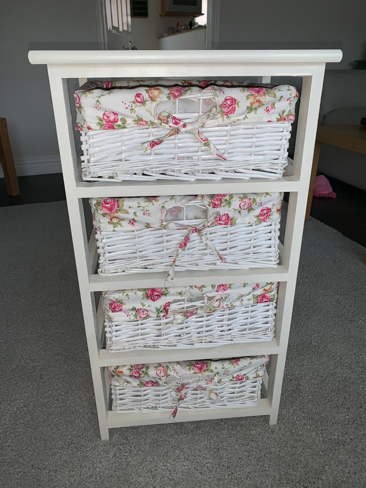 best website 72e6f 62eaf Floral wicker chest of drawers