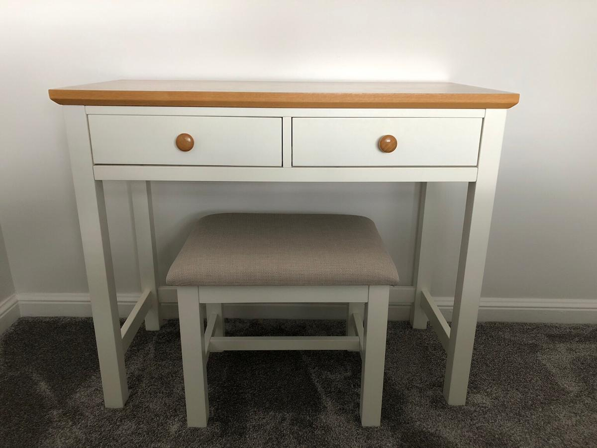 Remarkable Dressing Table With Stool In Rg5 Woodley For 30 00 For Sale Gmtry Best Dining Table And Chair Ideas Images Gmtryco