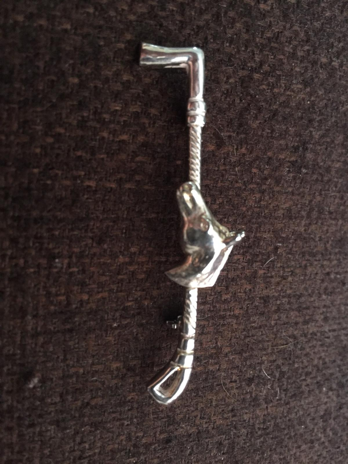 Horse And Whip Brooch Tie Pin In Kt4 Ewell For 20 00 For Sale Shpock