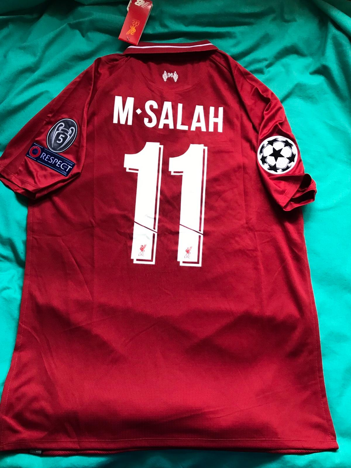 hot sale online ce7f9 f347e New liverpool shirt m Salah 11 2019 with tags