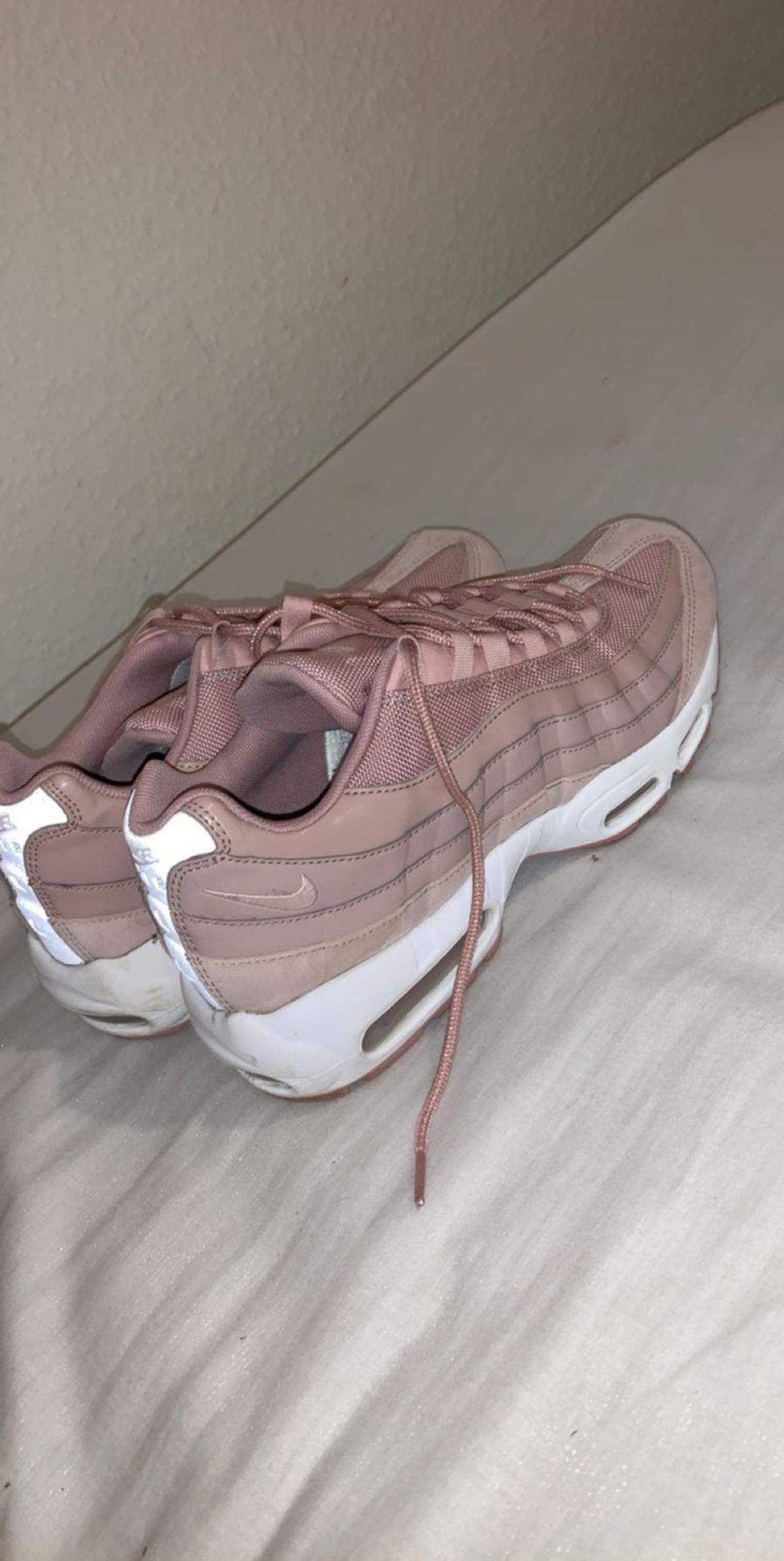 new product 107b8 76adb Pink air max 95s, size 8 in LN5 Lincoln for £30.00 for sale ...