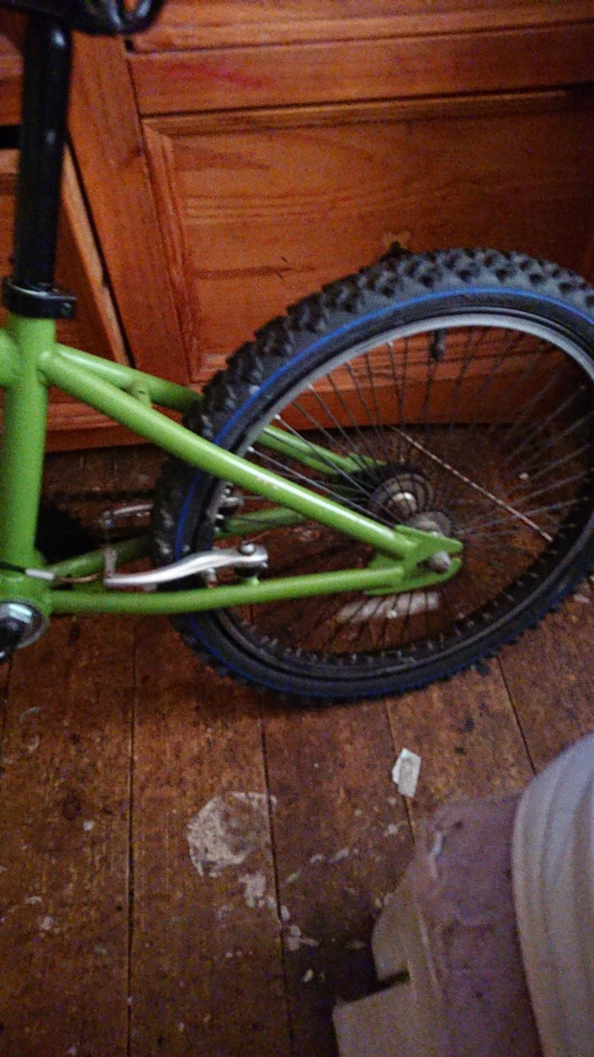 BMX stunt bike in good condition please text or ring anytime on 07494947809 for more information pick up only thanks andy