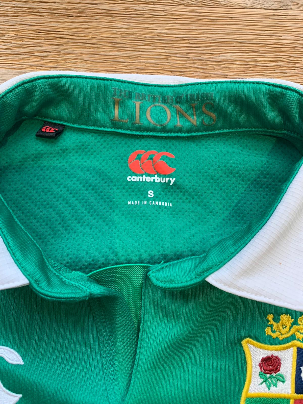 Lions shirt NZ 2017, worn once as new , adult size small, £70 new Smoke and pet free home, buyer to collect or local drop off no posting BR1