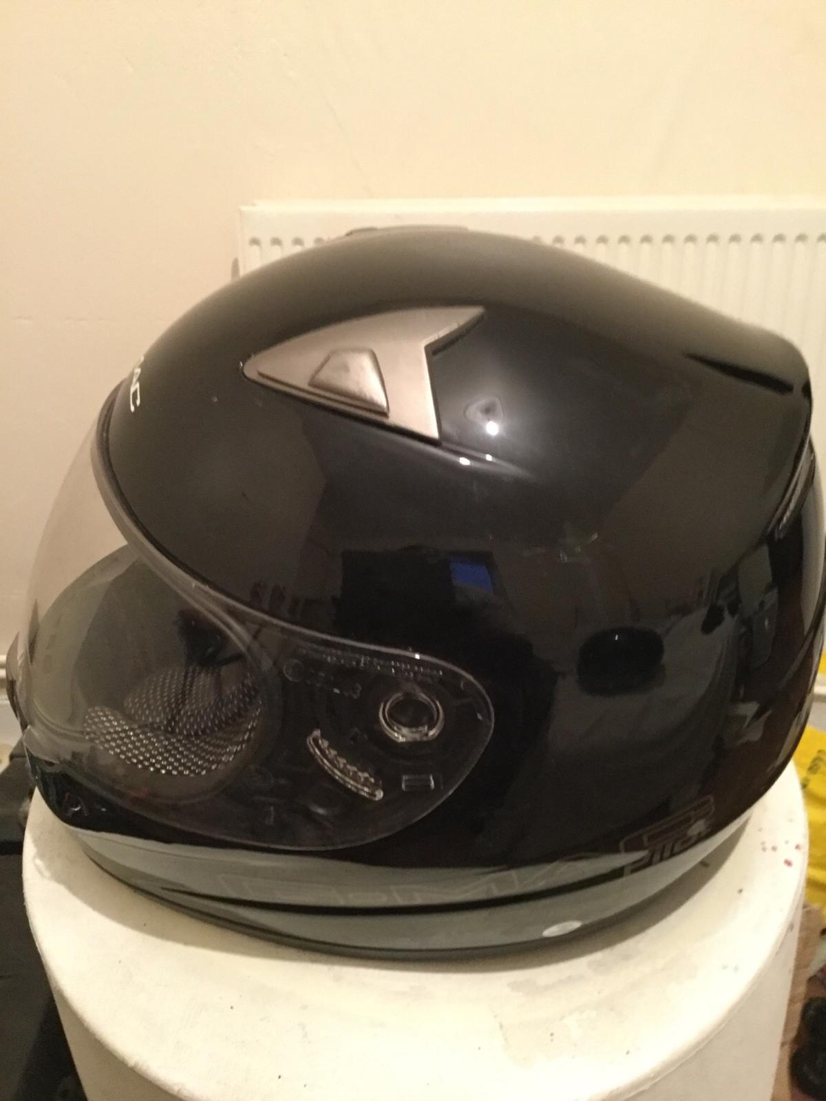 British motorcycle sports this motorcycle helmet is only £20 pounds no post cash and pickup so stop wasting my time about the helmet because some people are just playing games and will be block
