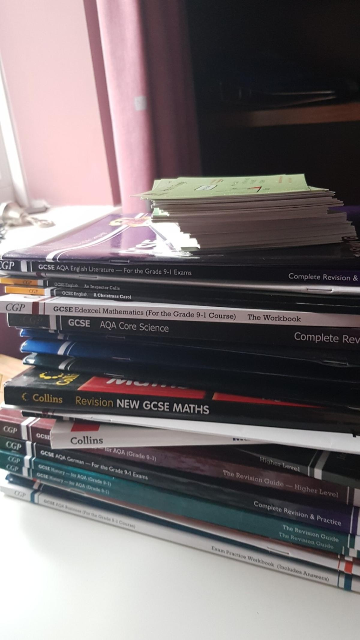 all great condition, included: Maths, combined science, German workbook, 2x History, Food Tech textbook and workbook, business textbook and workbook, quite a few english books, core science book and Corbettmaths 90 cards higher tier maths revision. Can sell separately, collection only.