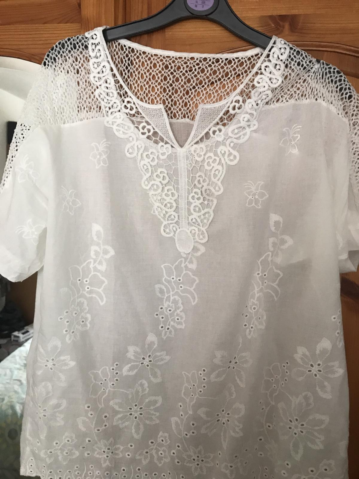 Brand new size XL. But would fit 16.