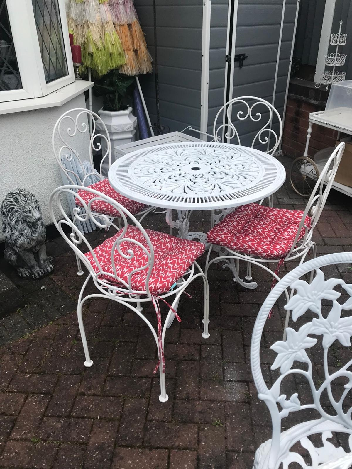 Vintage white garden table & chairs patio set in B73 ...