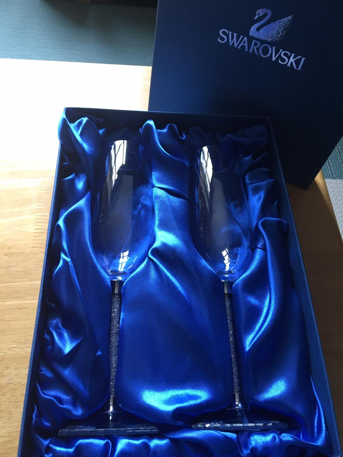 Swarovski Champagne flutes in Box New Cash on collection in Central London or can post it for £3,95