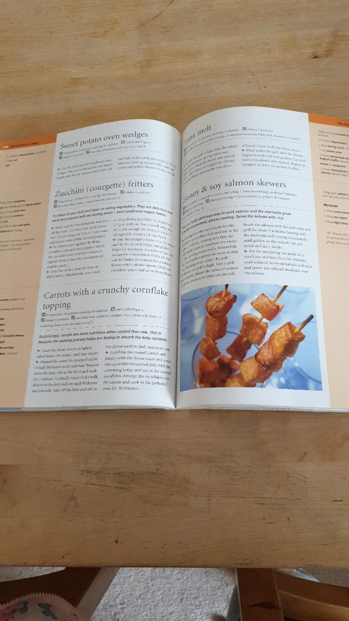 Over 200 recipes including first purees, ginger foods, tempting food for fussy eaters, lunchbox ideas and meals for the whole family to share.