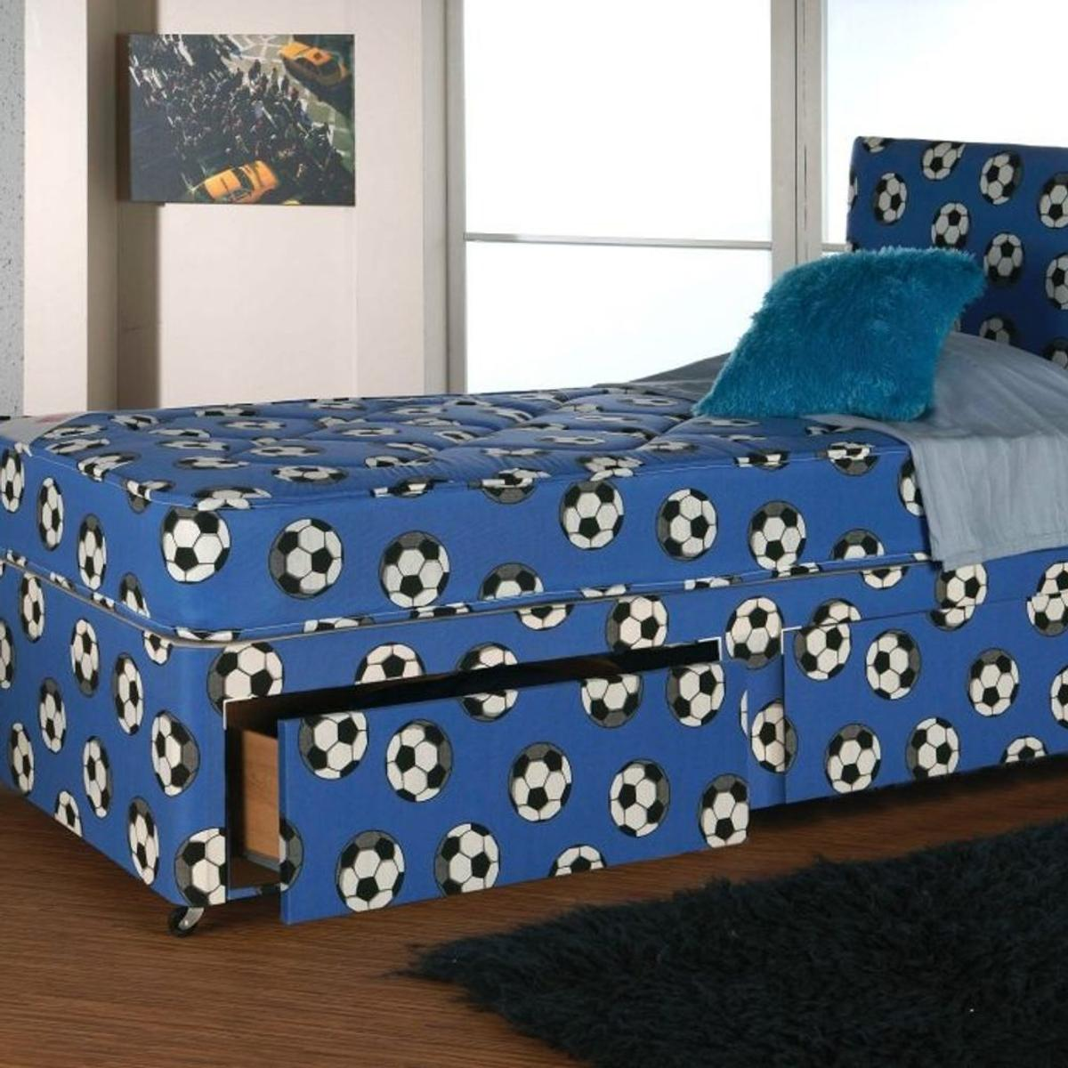 """BRAND NEW FOOTBALL DESIGN DIVAN OPTIONAL BASES, HEADBOARDS AND MATTRESSES AVAILABLE IN BLACK AND WHITE COLOUR AT VERY LOW PRICE 🍀Single Divan Base £40 🍀Base and budget mattress £60 🍀Base and 9""""deep quilted mattress £90 🍀Base and 10""""quilted orthopaedic £120 🍀Base and 10""""fully orthopaedic memory foam £140 🍀Base and 10""""memory foam £170 🍀EVERYTHING IS BRAND NEW IN FLAT PACKAGING AND WILL BE DELIVERED TO YOU THROUGH OUR QUICK DELIVERY SERVICE 💬WHATSAPP = 07566808408 ☎️CALL = 01617913101"""