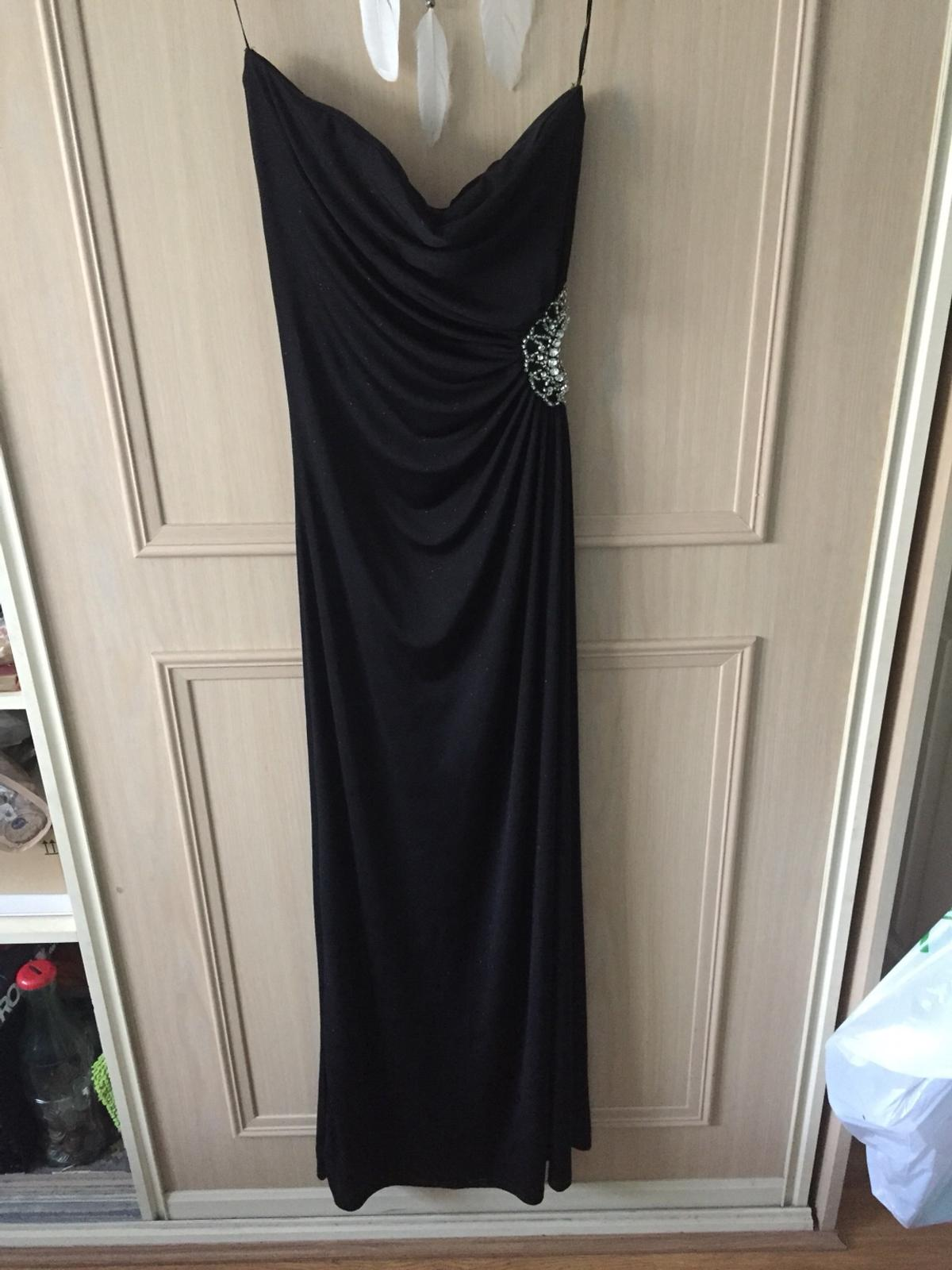 Cut out in the side with diamanté detail