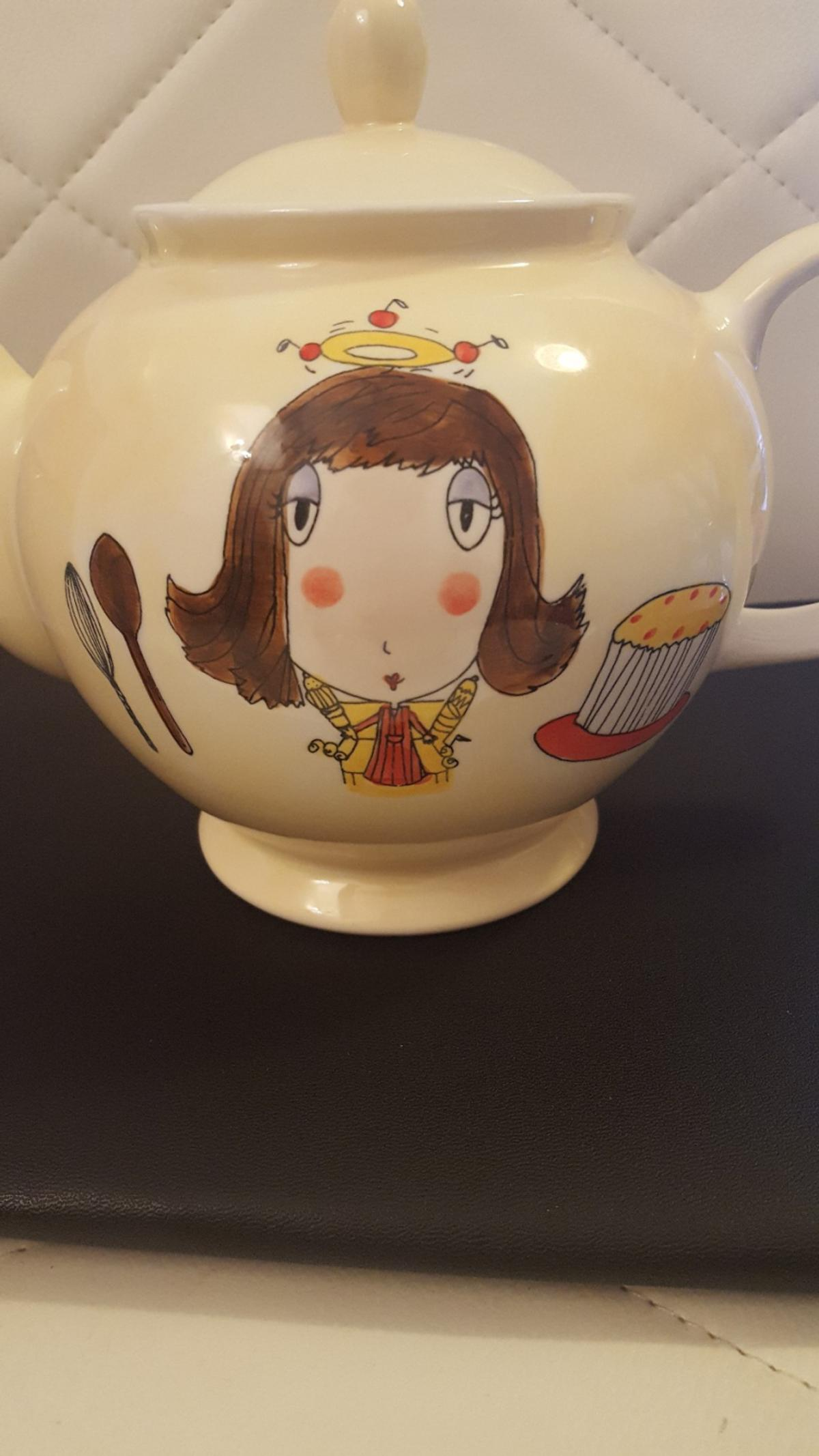 WHITTARD OF CHELSEA HANDPAINTED LARGE 2 PINT TEAPOT 'THE DOMESTIC GODDESS' BY BETH UNUSED AS NEW CONDITION.