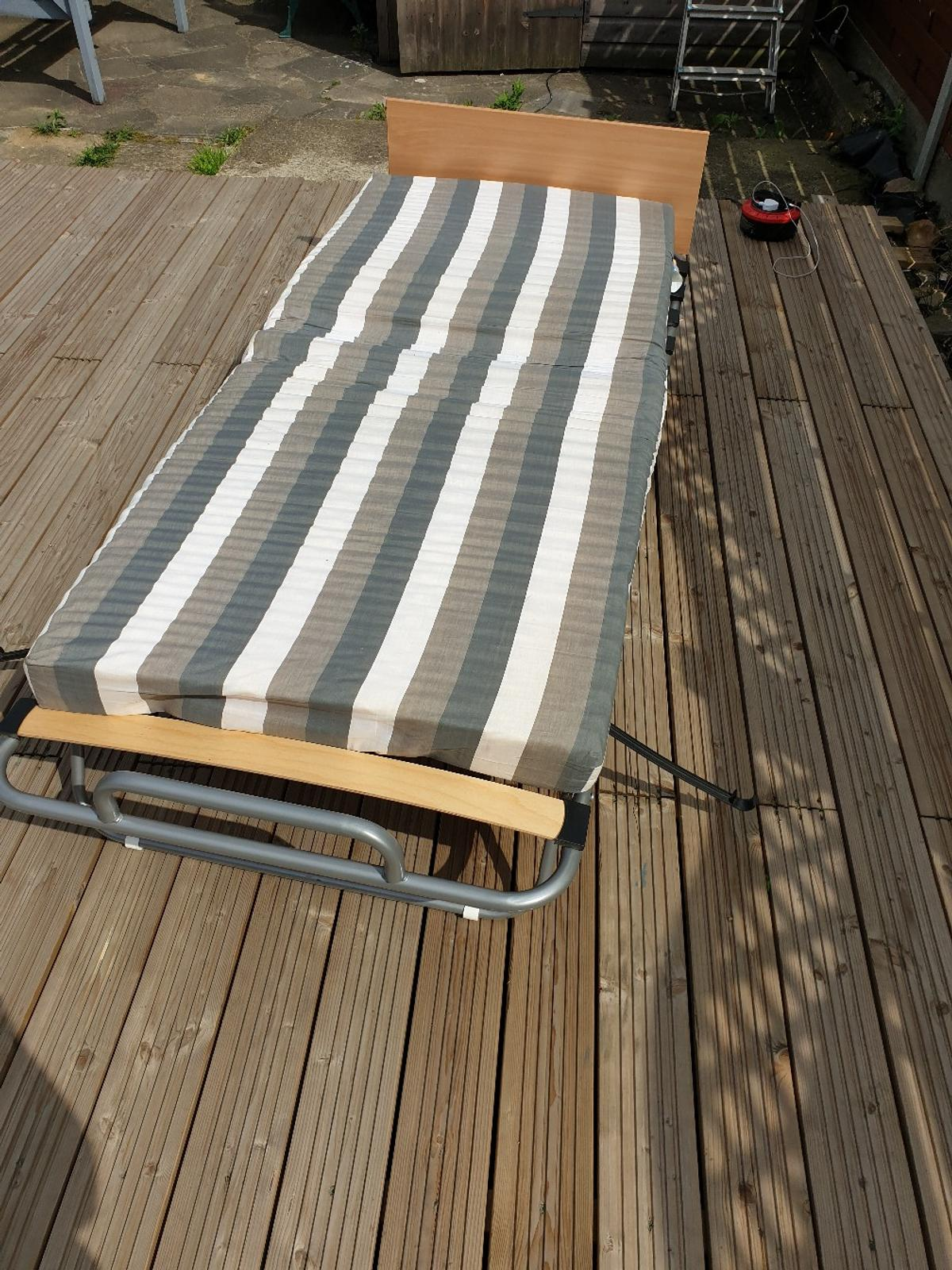 - Argos Folding Single Guest Bed Used Twice.. In London For £35.00