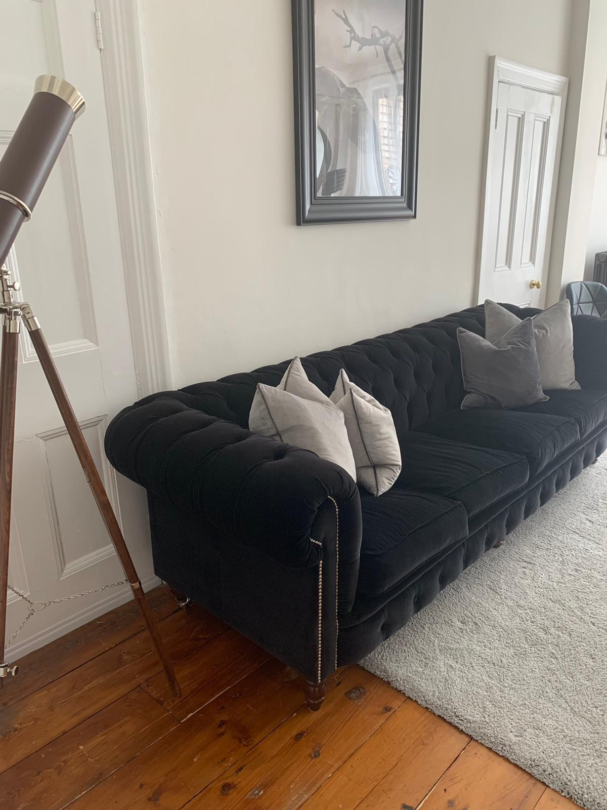Black Velvet Chesterfield Sofa in N10 London für 450,00 ...