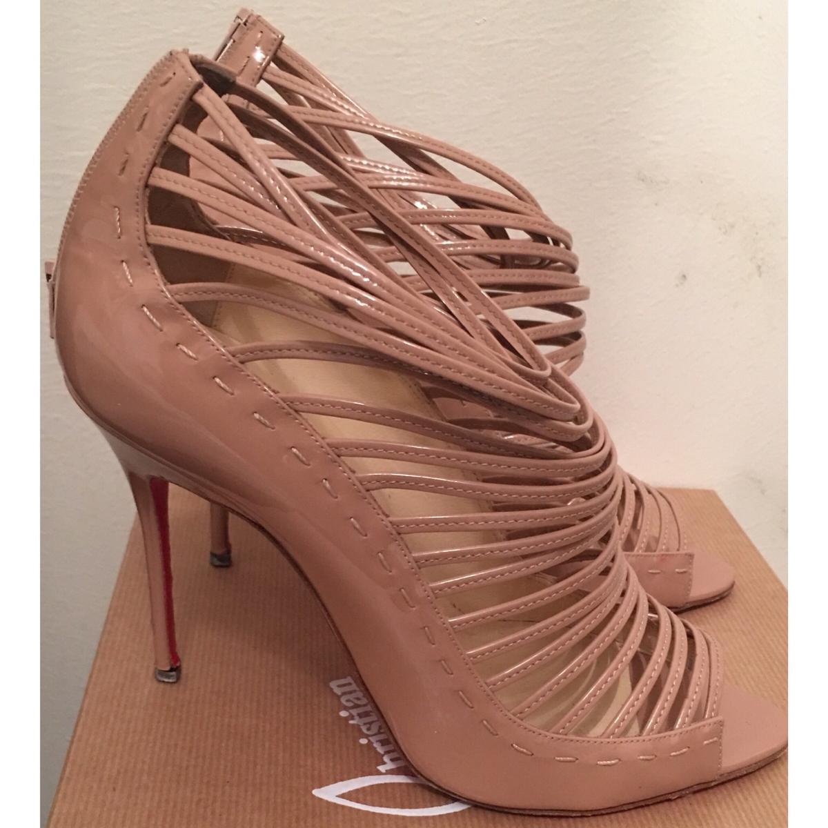 official photos 5e0fb 6ae0d Christian Louboutin Shoes