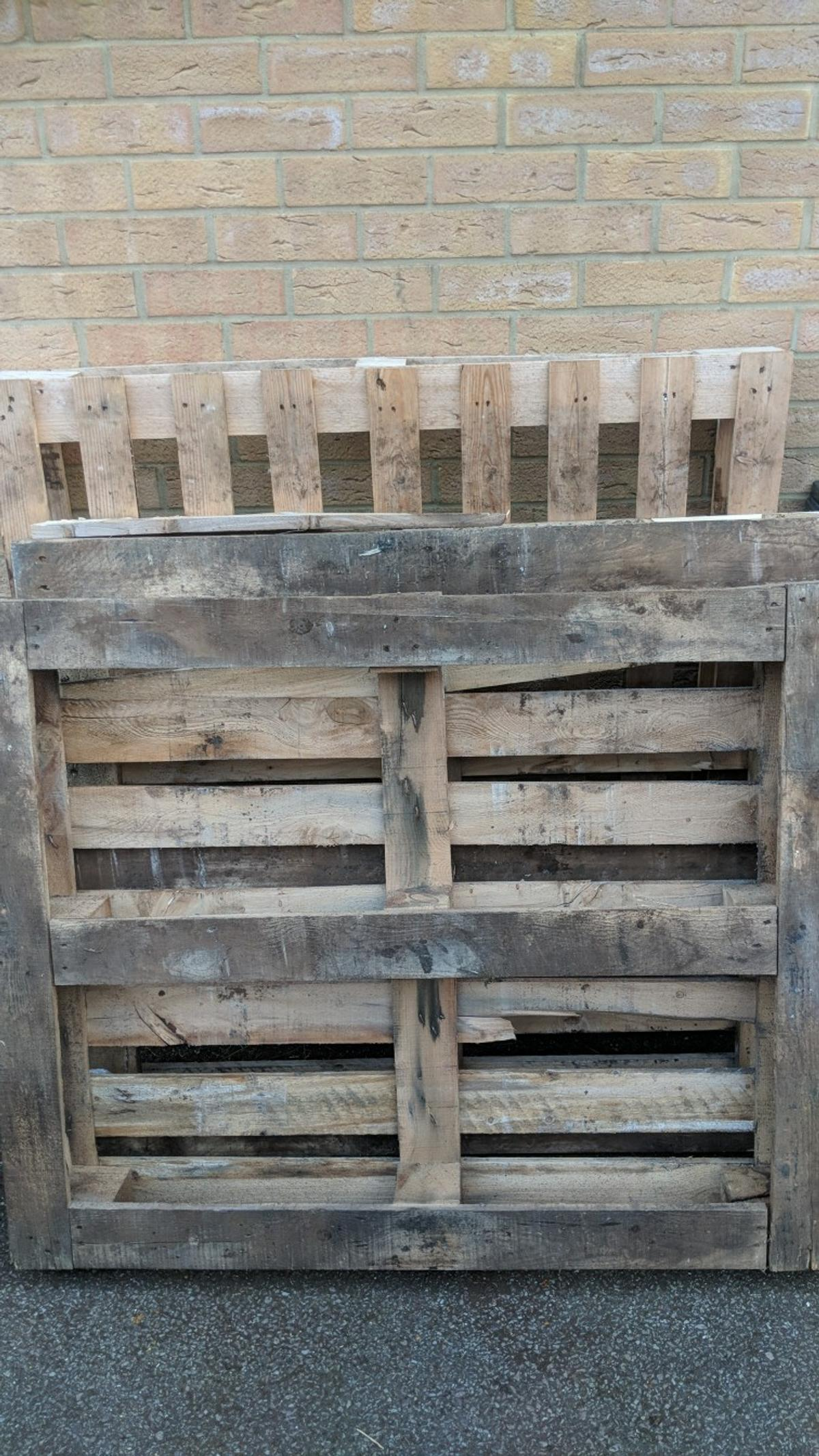 pallets in King's Lynn and West Norfolk for free for sale ...