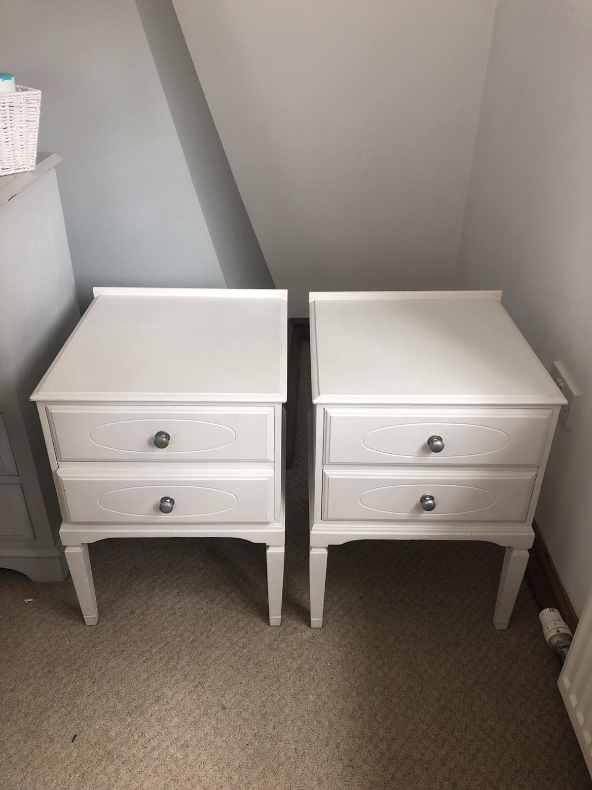 Picture of: 2x Painted White Solid Wood Bedside Tables In B78 Tamworth For 45 00 For Sale Shpock