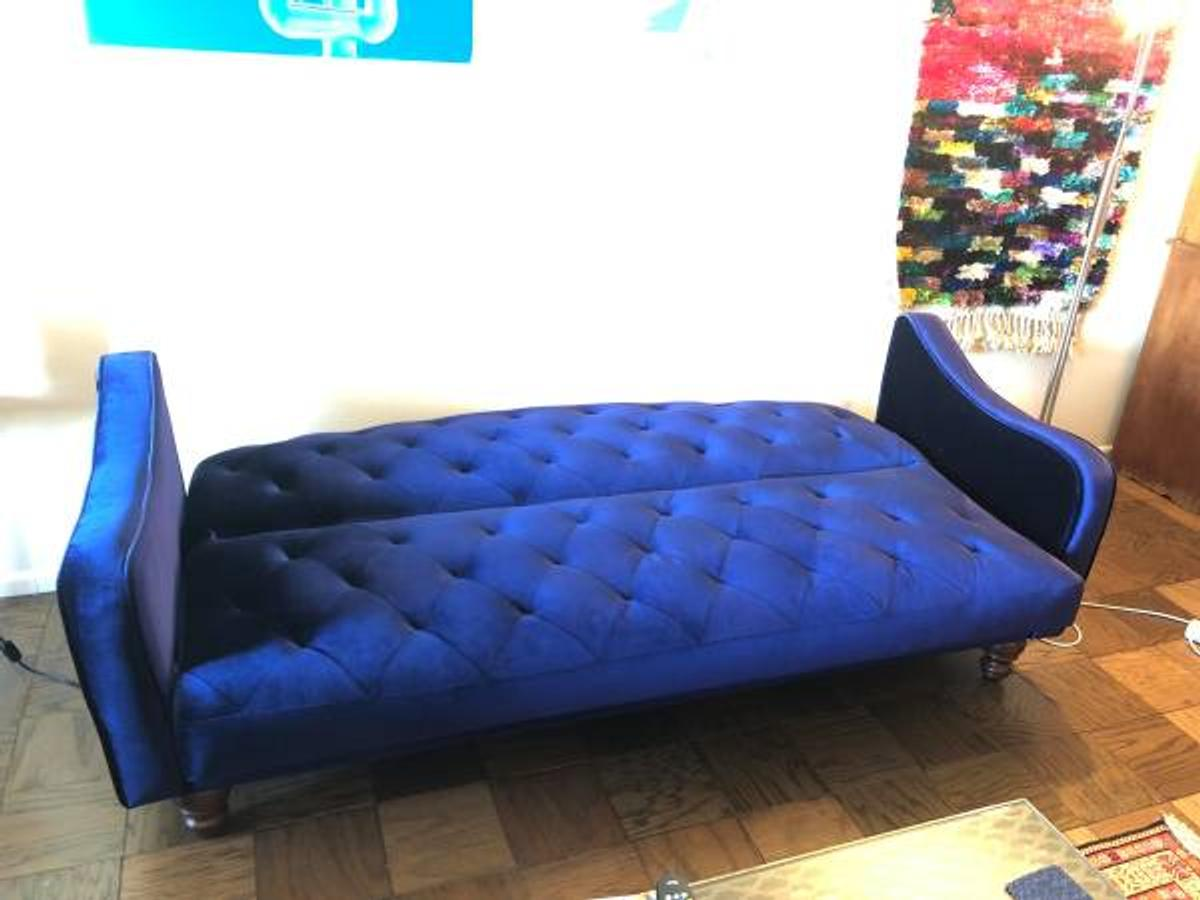 neatly used royal blue velvet sofa / bed in 08527 Jackson ...