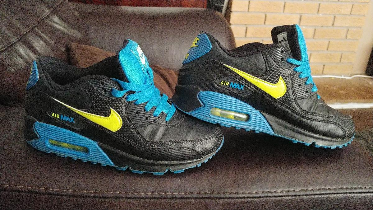 agradable papel maleta  Limited Edition Nike Air Max 90 size 5.5 UK in WV14 Wolverhampton for  £30.00 for sale | Shpock