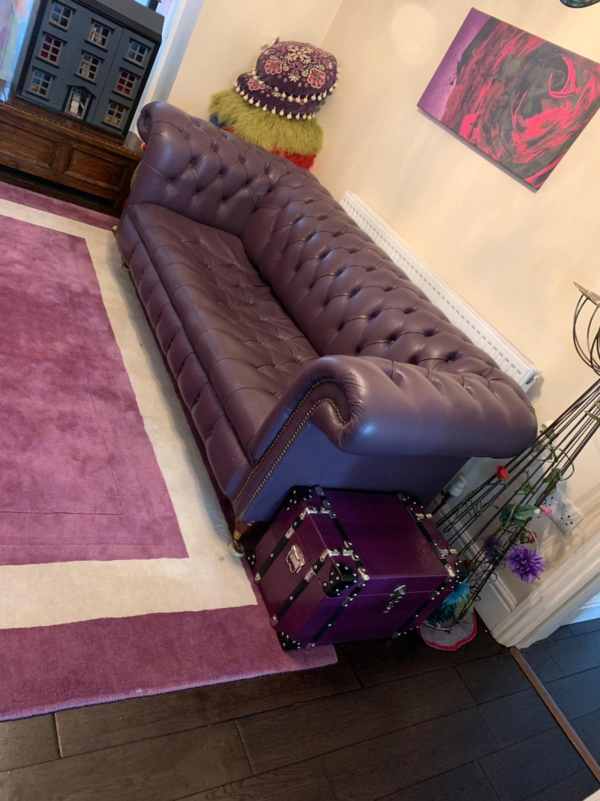 Awe Inspiring Purple Leather Chesterfield Sofa Squirreltailoven Fun Painted Chair Ideas Images Squirreltailovenorg