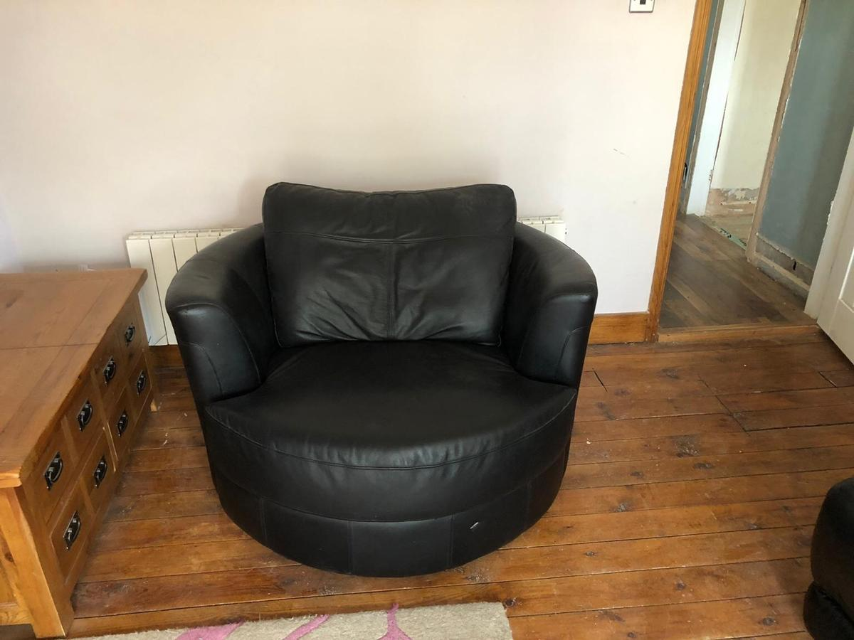 Round Leather Swivel Cuddle Chair