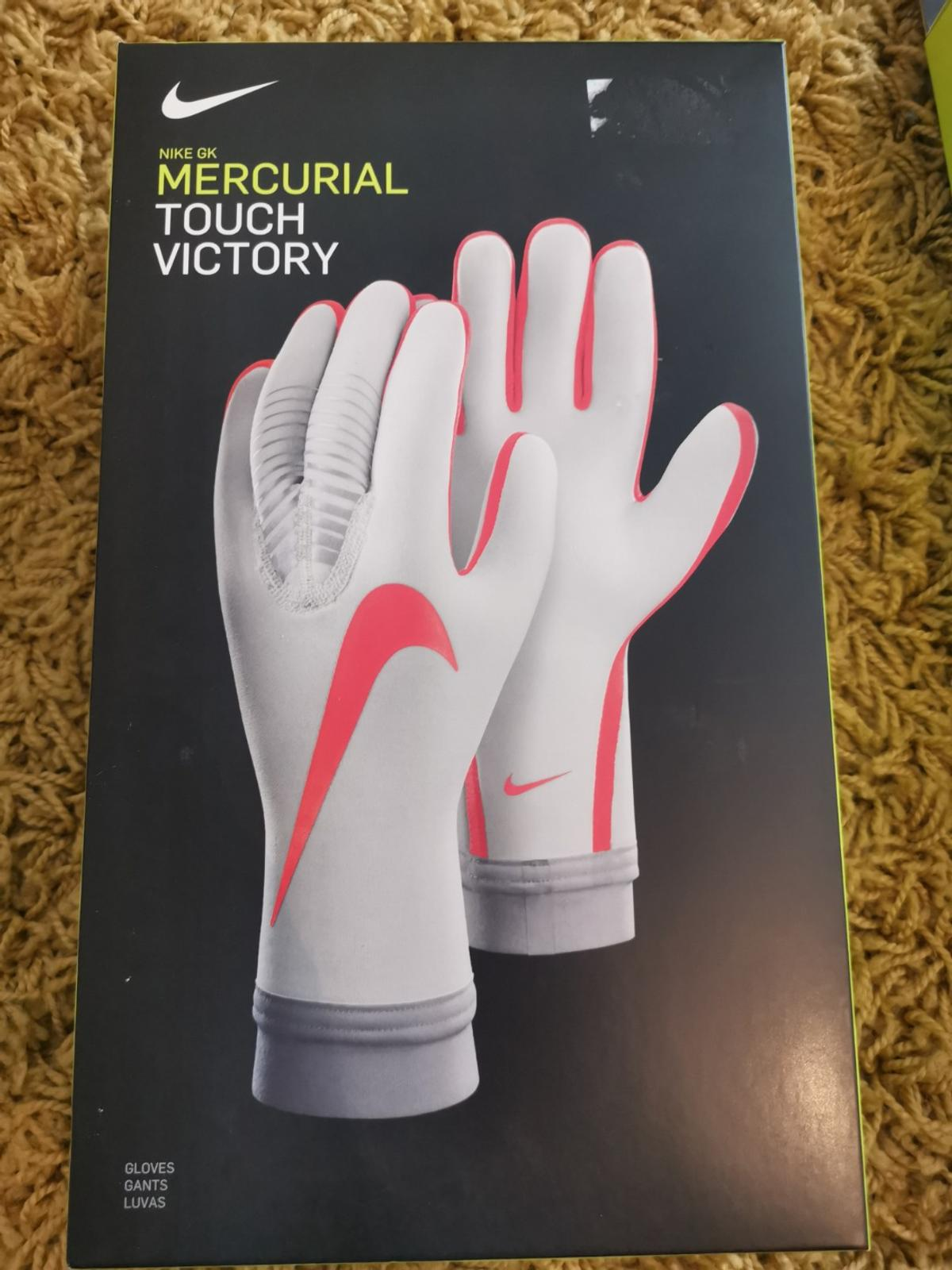 the best attitude 3b62a 261df Nike Mercurial Touch Victory Goalkeeper glove