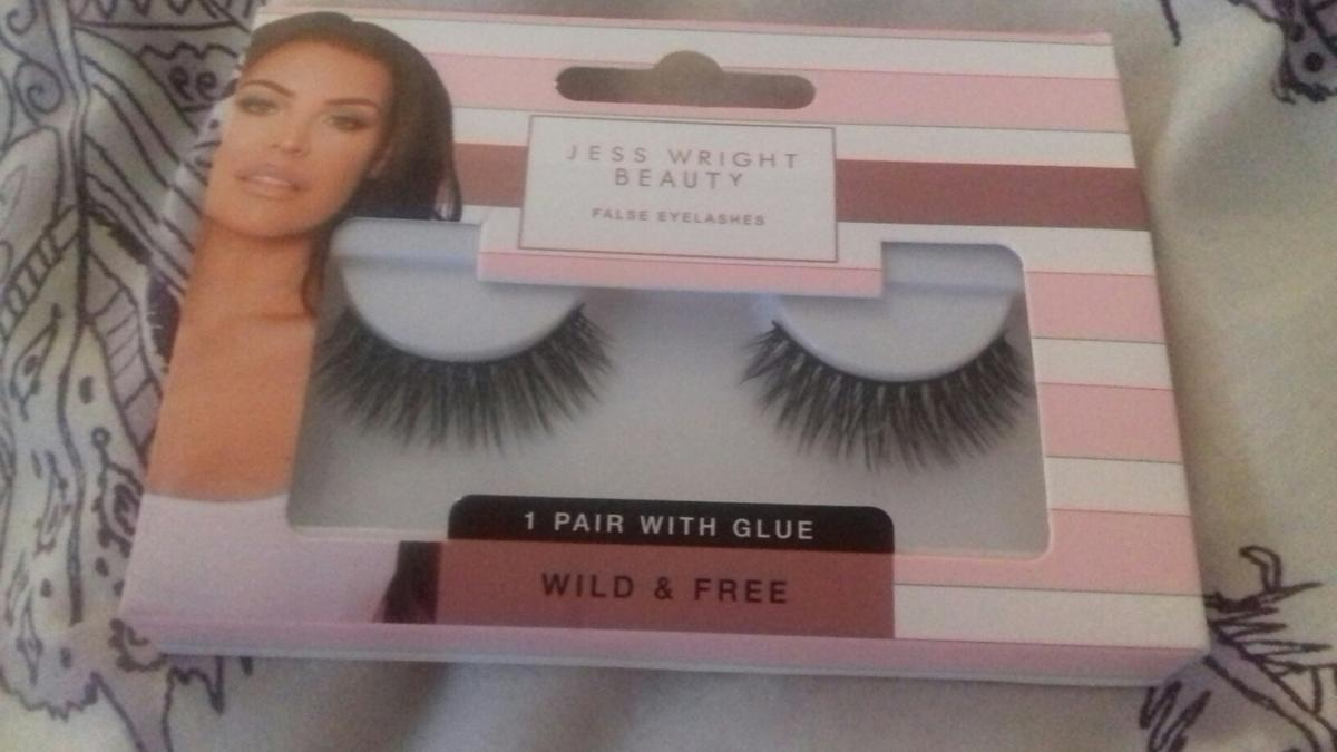 Jess Wright Essex Celeb False Eyelashes New In S70 Barnsley For 1 95 For Sale Shpock