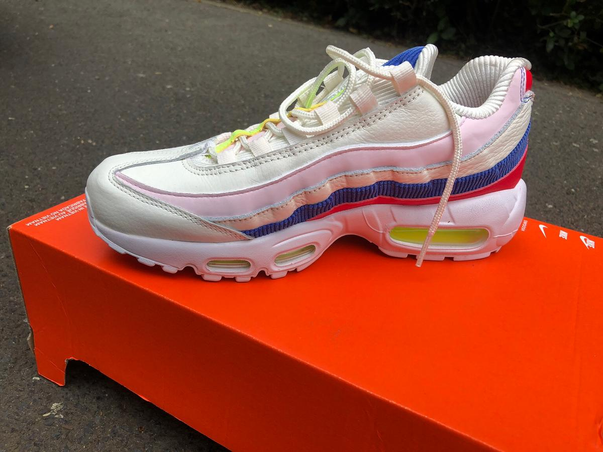 Nike air Max 95 Damen in 53111 Bonn for €75.00 for sale | Shpock