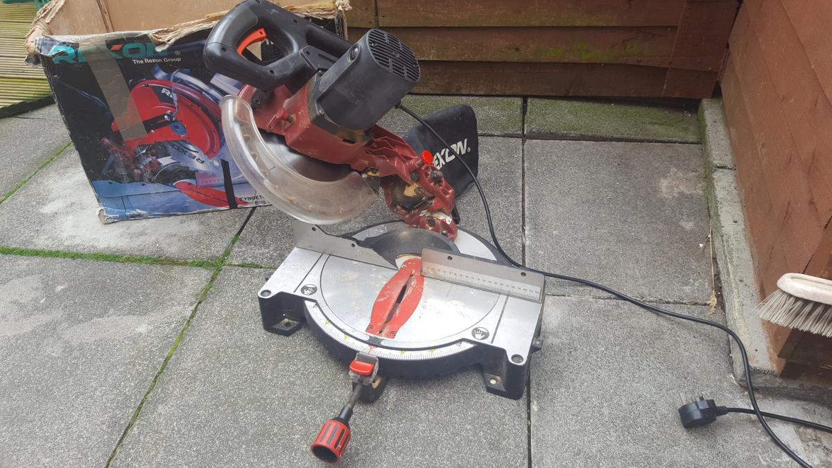 Fine Rexon Compound Mitre Saw Spares Or Repair In Ne28 Tyneside Gmtry Best Dining Table And Chair Ideas Images Gmtryco