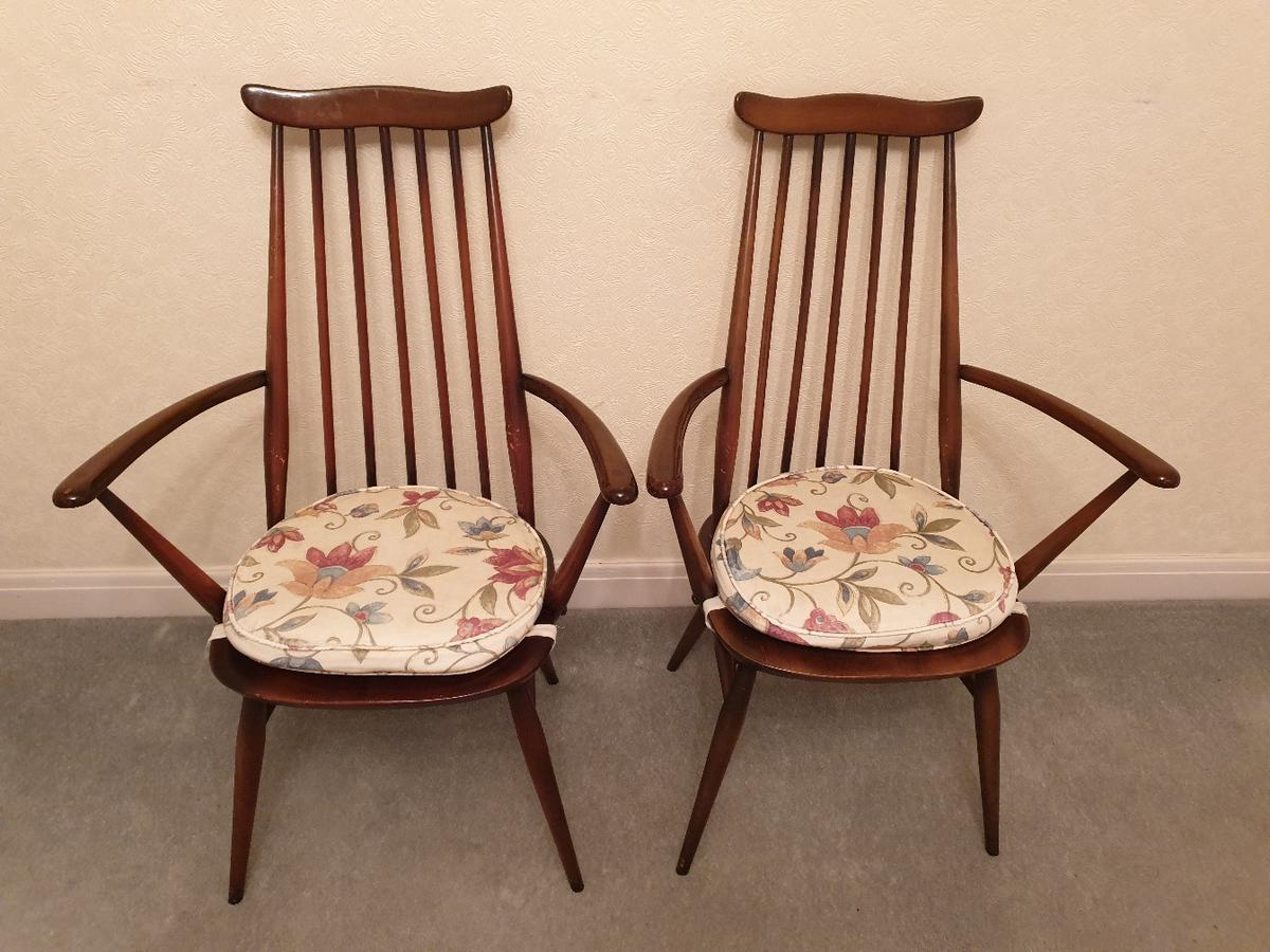 ercol oval dinning table  4 chairs in b26 birmingham for