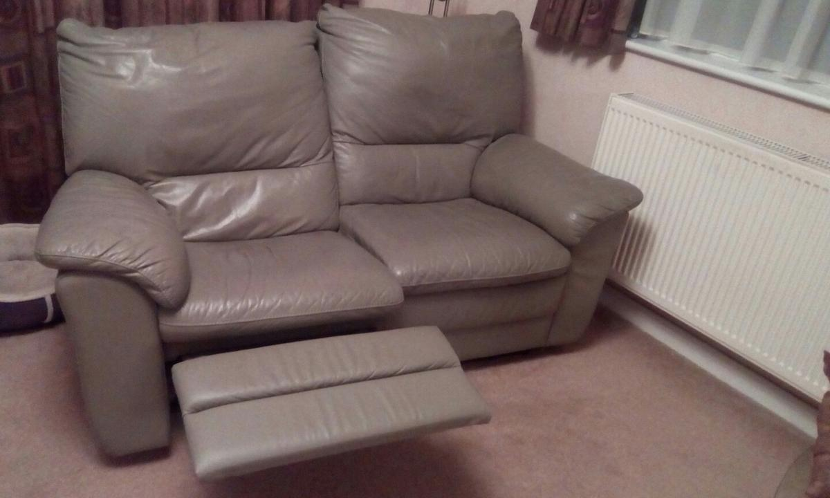 Leather 3 Piece Suite Sofa 2 Armchairs
