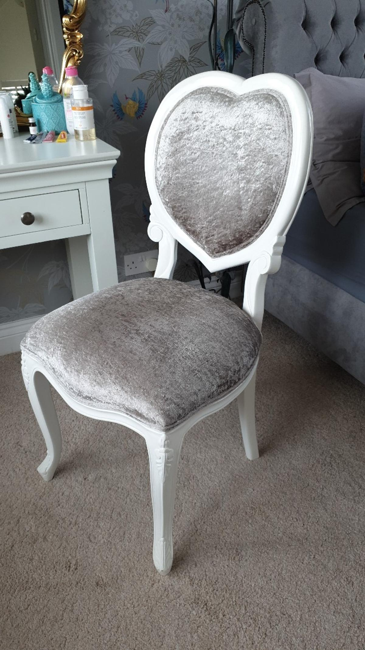Dressing Table Chairs And Stools: BEDROOM/DRESSING TABLE CHAIR In RM14 Havering For £65.00