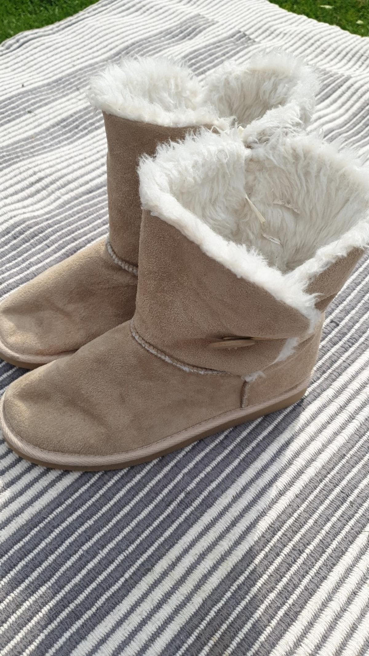 ugg type boots
