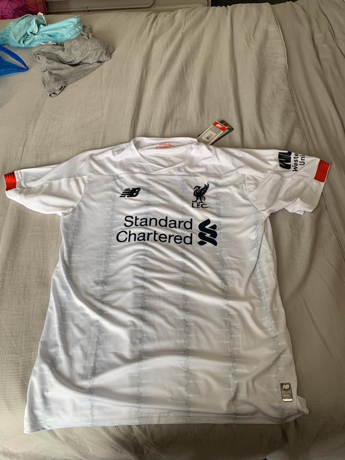 new style 4dc7c 84a67 Liverpool 2019 away top new