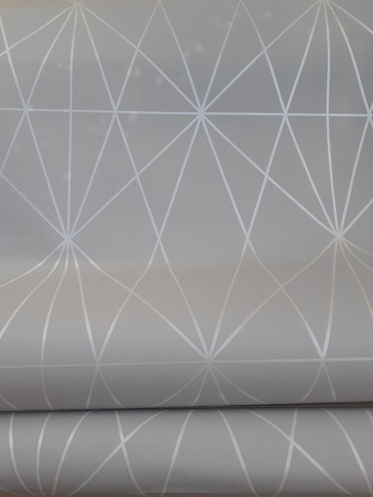 Silver Grey Feature Wallpaper X2 Rolls In Dy5 Dudley For 8 00 For Sale Shpock