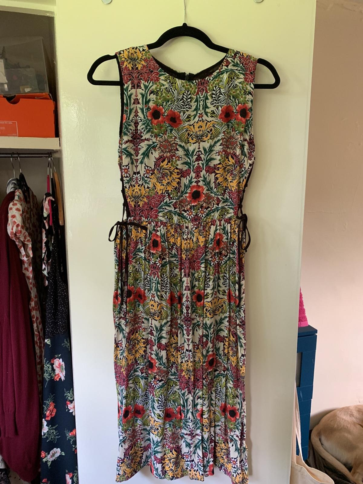 Topshop Uk 10 Floral Style Midi Dress In Rg18 Chieveley For 10 00 For Sale Shpock
